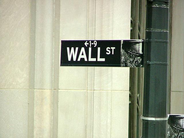wall-street-264381_640